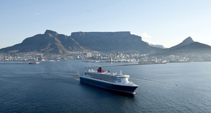 Queen Mary 2 Cape Town