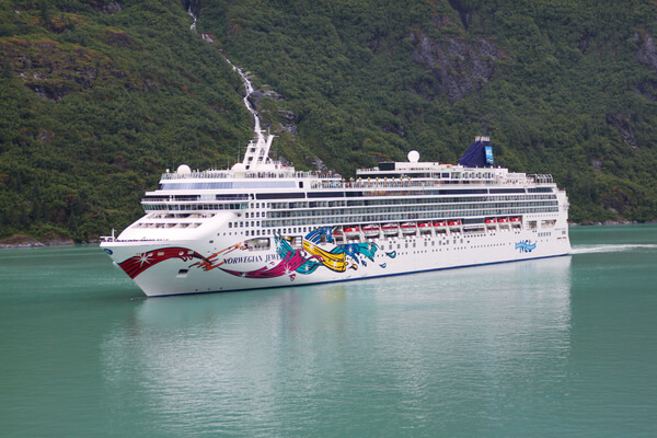 Norwegian Cruise Line Norwegian Jewel new zealand Across NZ
