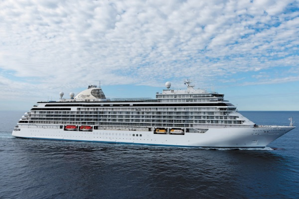 Regent Seven Seas Cruises Seven Seas Explorer new zealand Across NZ