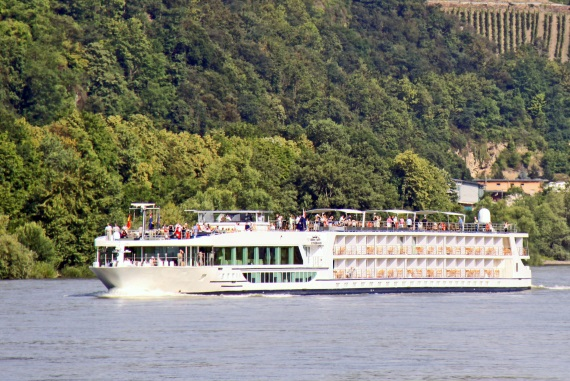 Scenic River Cruises Scenic Jewel new zealand cruise sale