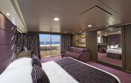 suite with balcony - YC1 16006 for guests with reduced mobility