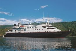 Silversea Cruises Silver Discoverer new zealand family cruises