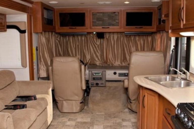 Af34 class a motorhome slide out rv rental usa compass campers usa international af34 class a motorhome slide out sciox Gallery