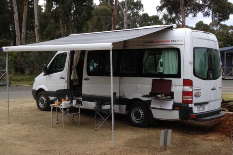 Mercedes sprinter 2st motorhome rental worldwide for Mercedes benz rv rentals