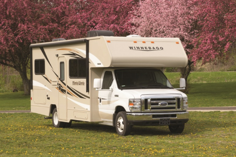 Apollo pioneer motorhome rental usa for Interieur camping car