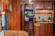 Camper1 Alaska 28ft Class C Freelander Silver motorhome rental anchorage alaska