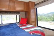 Road Bear RV 27-30 ft Class C Motorhome with slide out usa airport motorhomes