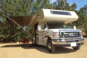 Road Bear RV 27-30 ft Class C Motorhome with slide out motorhome rental usa
