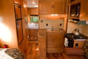 MH 27 ft Slide Class C rv rental - canada