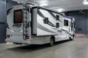 Expedition Motorhomes, Inc. 34ft Class A Forest River FR3 w/2 slide outs I