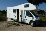 Freedom Holiday Large Motorhome - Elnagh baron 46 motorhome hire italy