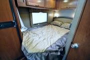 Expedition Motorhomes, Inc. 25ft Class C Thor Chateau w/1 Slide out D rv rental usa
