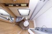 Autocaravan Express, S.A Hymer Carado T-348 motorhome hire italy