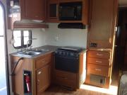 Expedition Motorhomes, Inc. 32ft Class A Fleetwood Encounter motorhome rental california