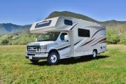 Road Bear RV 21-24 ft Class C Non-Slide Motorhome rv rental usa