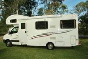 Advance Campervan Rental Euro Deluxe - 6 Berth Motor Home australia discount campervan rental