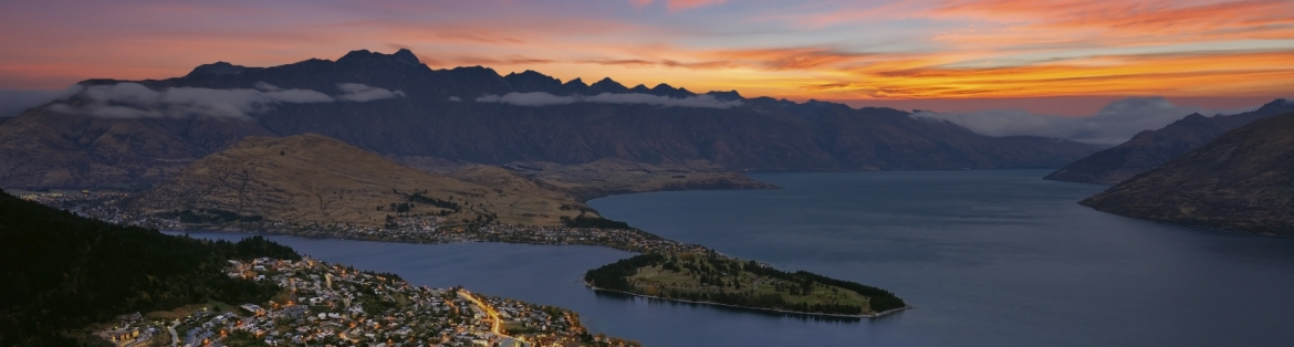 Queenstown to Kaikoura via Tekapo: Stargazing and Whale Watching Motorhome Itinerary