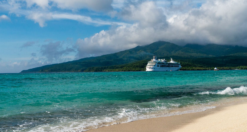 Cruises vs Hotel Holidays - Why Choose to Sail?