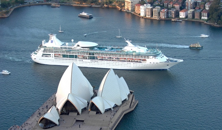 Australia says goodbye to Rhapsody of the Seas