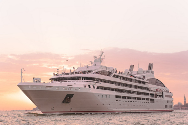 Ponant Le Lyrial australia Cruise introductions