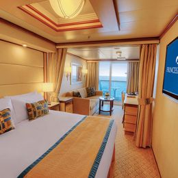 Club Class Mini-Suite with Balcony