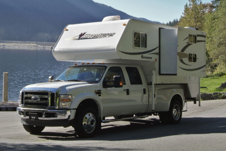 Tc B Truck Camper With Bunk Bed Rv Rental Canada