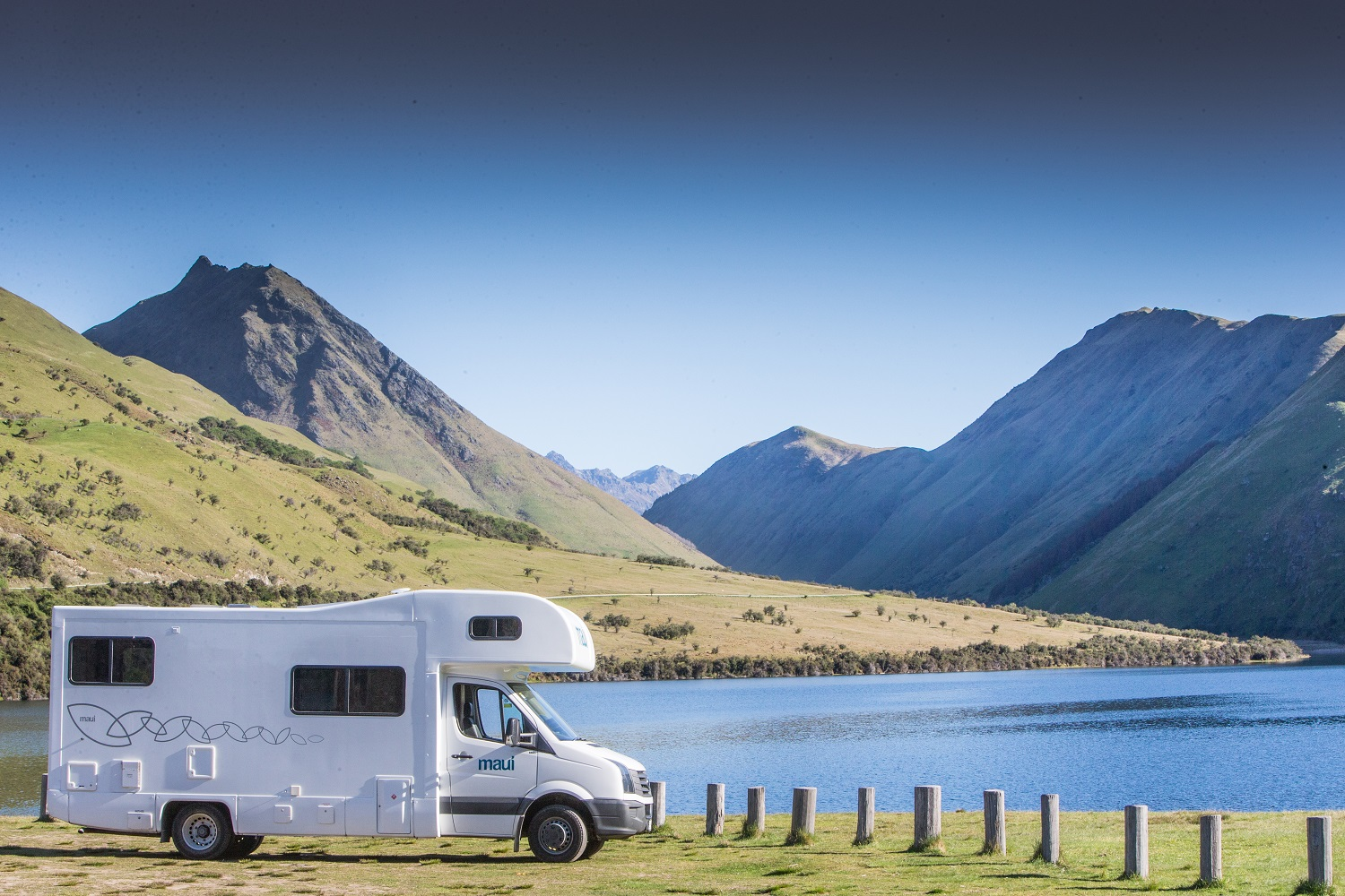 Maui Motorhomes NZ (domestic) Maui Beach Elite Motorhome