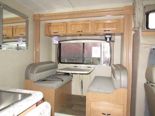 Expedition Motorhomes Inc 25ft Class C Mercedes Thor Citation W 2 Slide Outs