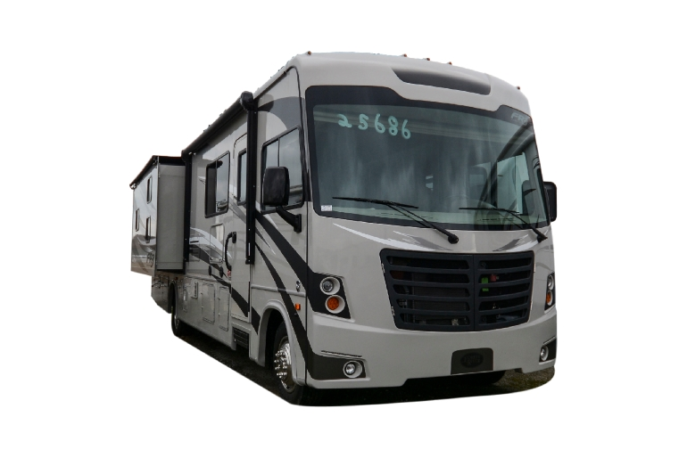 Star Drive Canada Class A 32' with Bunks