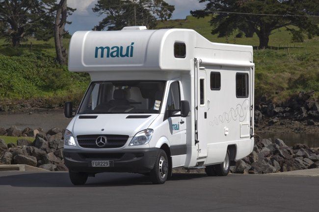Maui Motorhomes AU (domestic) Maui Platinum River Elite