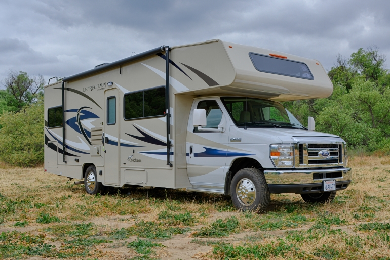 Road Bear RV International 28-30 ft Class C Motorhome with slide out