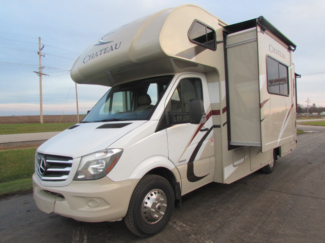 Expedition Motorhomes, Inc. 25ft Class C Mercedes Thor Chateau w/2 slide outs M