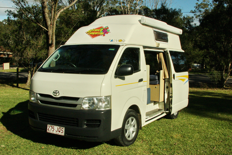 Advance Campervan Rental The Adventurer - 3 Berth Deluxe Campervan