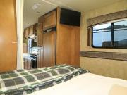 Traveland RV Rentals Ltd 27' Class C #1 Motorhome rv rental canada