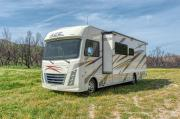 30-32 ft Class A Motorhome with slide out rv rental - usa