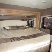 Expedition Motorhomes, Inc. 25ft Class C Mercedes Thor Citation w/2 slide outs motorhome rental california