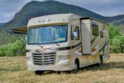 Star Drive RV USA 30-32 ft Class A Motorhome with slide out motorhome rental los angeles