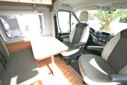Autocaravan Express, S.A Weinsberg 601 cheap motorhome rental germany