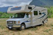 Star Drive RV USA 25-27 ft Class C Motorhome with slide out rv rental california