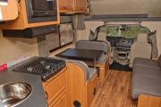 Cruise America (International) C30 - Large Motorhome cheap motorhome rental las vegas