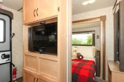 Adventurer 4 rv rental - calgary