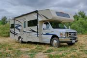 Road Bear RV International 28-30 ft Class C Motorhome with slide out motorhome rental usa