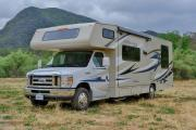 28-30 ft Class C Motorhome with slide out cheap motorhome rentallas vegas