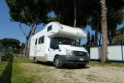 Freedom Holiday Large Motorhome - Katamarano 6 motorhome hire italy