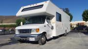 31ft Class C Four Winds Fun Mover motorhome rental usa