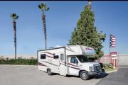 Compass Campers USA (International) C22 Class C Motorhome cheap motorhome rental las vegas
