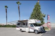 Compass Campers USA C22 Class C Motorhome rv rental usa