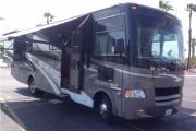 32ft Class A Thor Hurrican w/2 slide outs A rv rental - usa