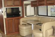 Expedition Motorhomes, Inc. 32ft Class A Thor Hurrican w/2 slide outs A usa motorhome rentals
