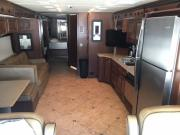 Expedition Motorhomes, Inc. 39ft Class A Fleetwood Expedition w/2 slide outs